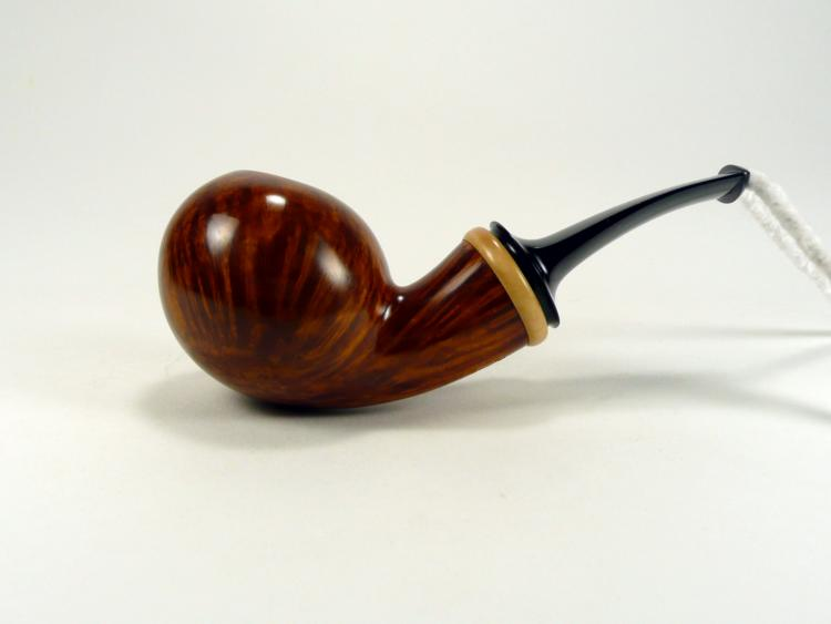 Andrey Smirnov Smooth apple bent